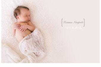 servizio fotografico neonato } fotografia di neonati a Napoli