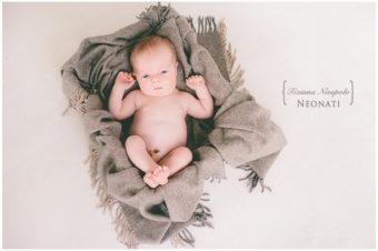 fotografo neonato napoli } fotografia di neonati a Napoli