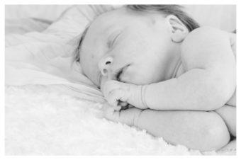 foto neonato } fotografo Neonato Napoli