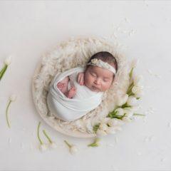 Servizio Fotografico Newborn in Studio