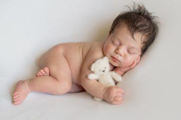 Nasce a Napoli, la prima Scuola di fotografia newborn