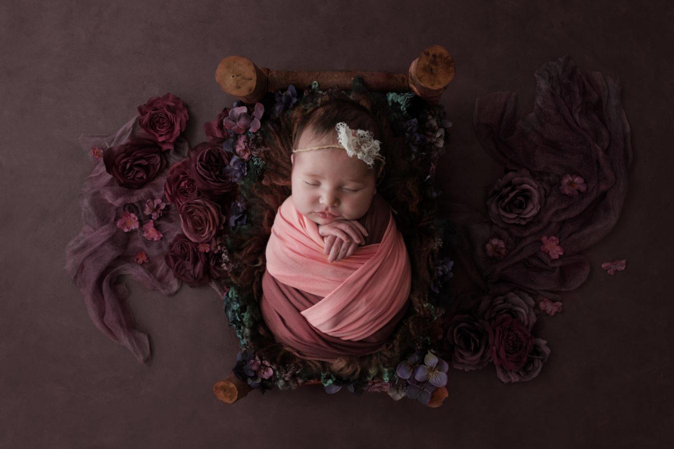 Il servizio fotografico newborn come regalo
